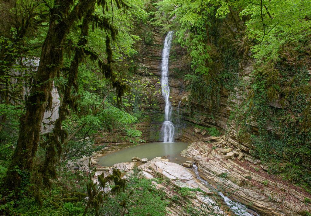 Дзыхра водопад